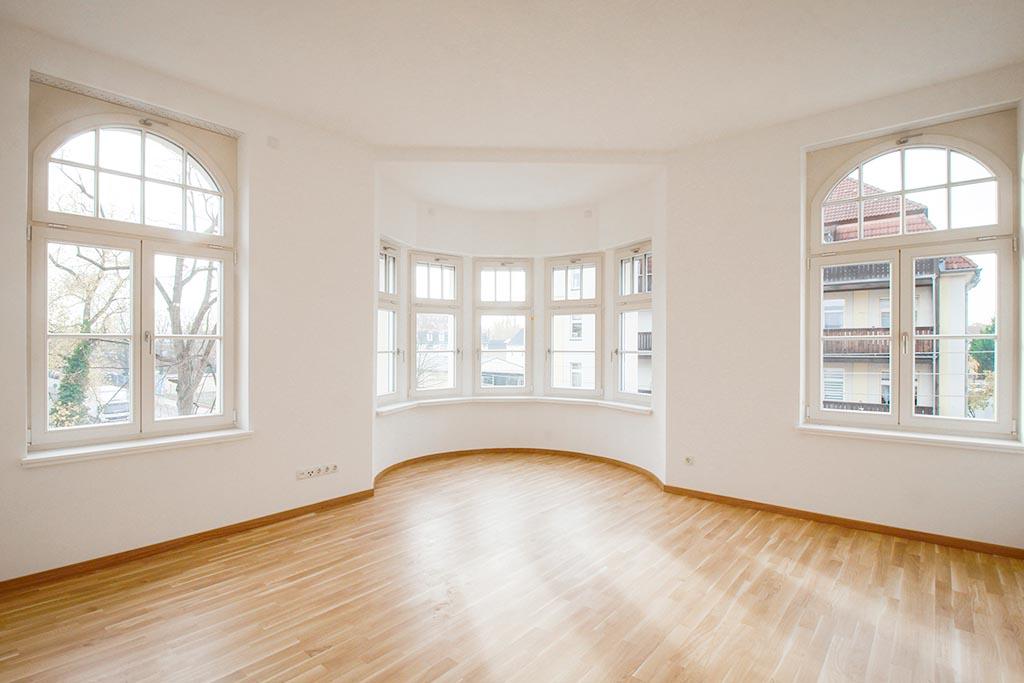 LEWO Referenzprojekt LEDERWERK Böhlitz-Ehrenberg Wohnung mit Blick auf Fenster